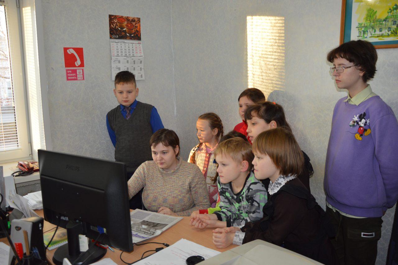 В среду воспитанники Алатырского социально-реабилитационного центра побывали на экскурсии в редакции газеты «Алатырские вести» 3