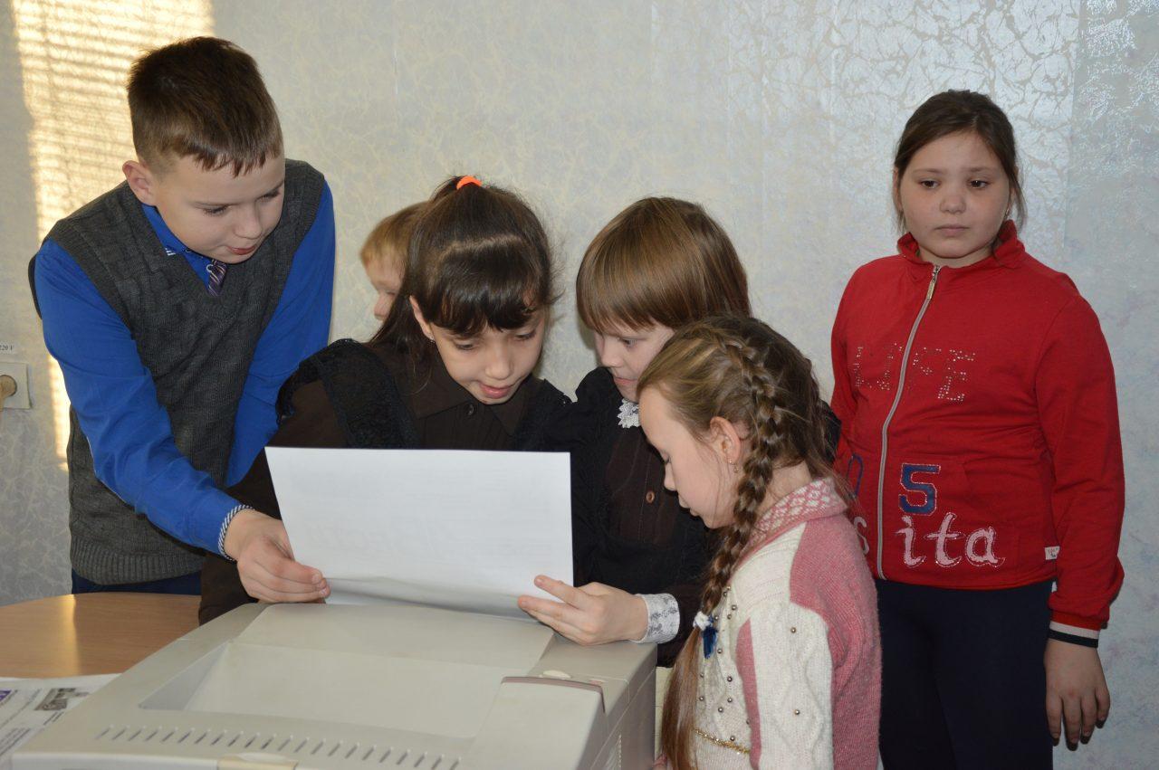 В среду воспитанники Алатырского социально-реабилитационного центра побывали на экскурсии в редакции газеты «Алатырские вести» 4