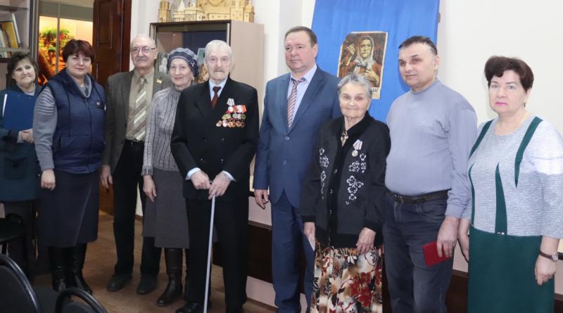 На этой неделе в Алатыре вручили первые медали «75 лет Победы в Великой Отечественной войне 1941-1945 гг.»