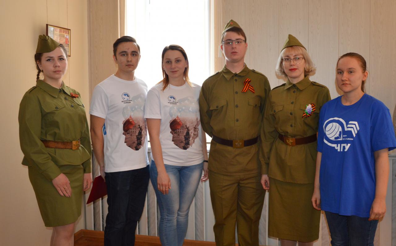В Алатырском филиале Чувашского государственного университета им. И.Н. Ульянова открыли фотовыставку «Мой Герой» 3