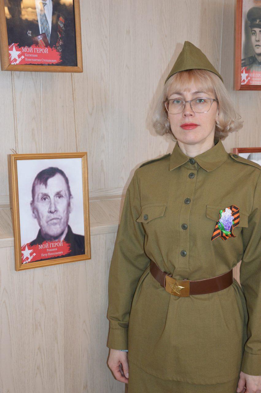 В Алатырском филиале Чувашского государственного университета им. И.Н. Ульянова открыли фотовыставку «Мой Герой» 2