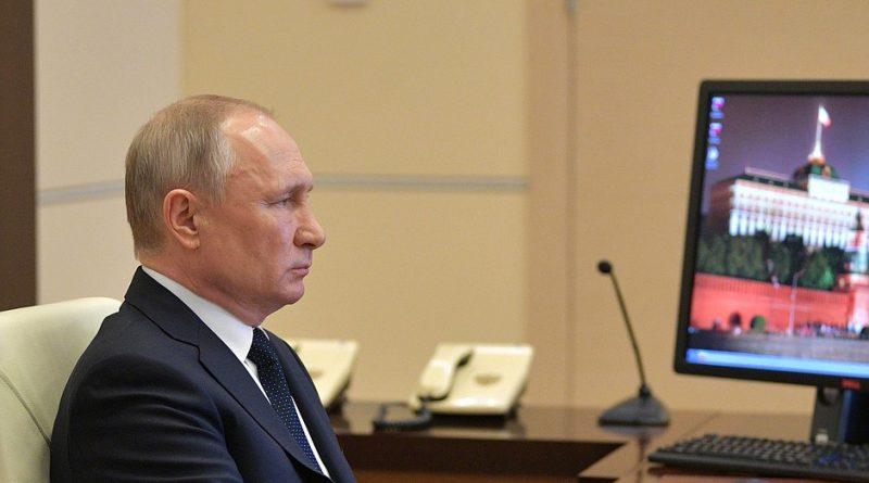 Владимир Путин обратился к гражданам страны и озвучил меры поддержки бизнесу, семьям и врачам