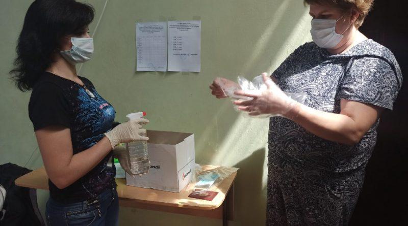 На избирательных участках в Алатыре и Алатырском районе продолжается общероссийское голосование по вопросу одобрения изменений в Конституцию Российской Федерации