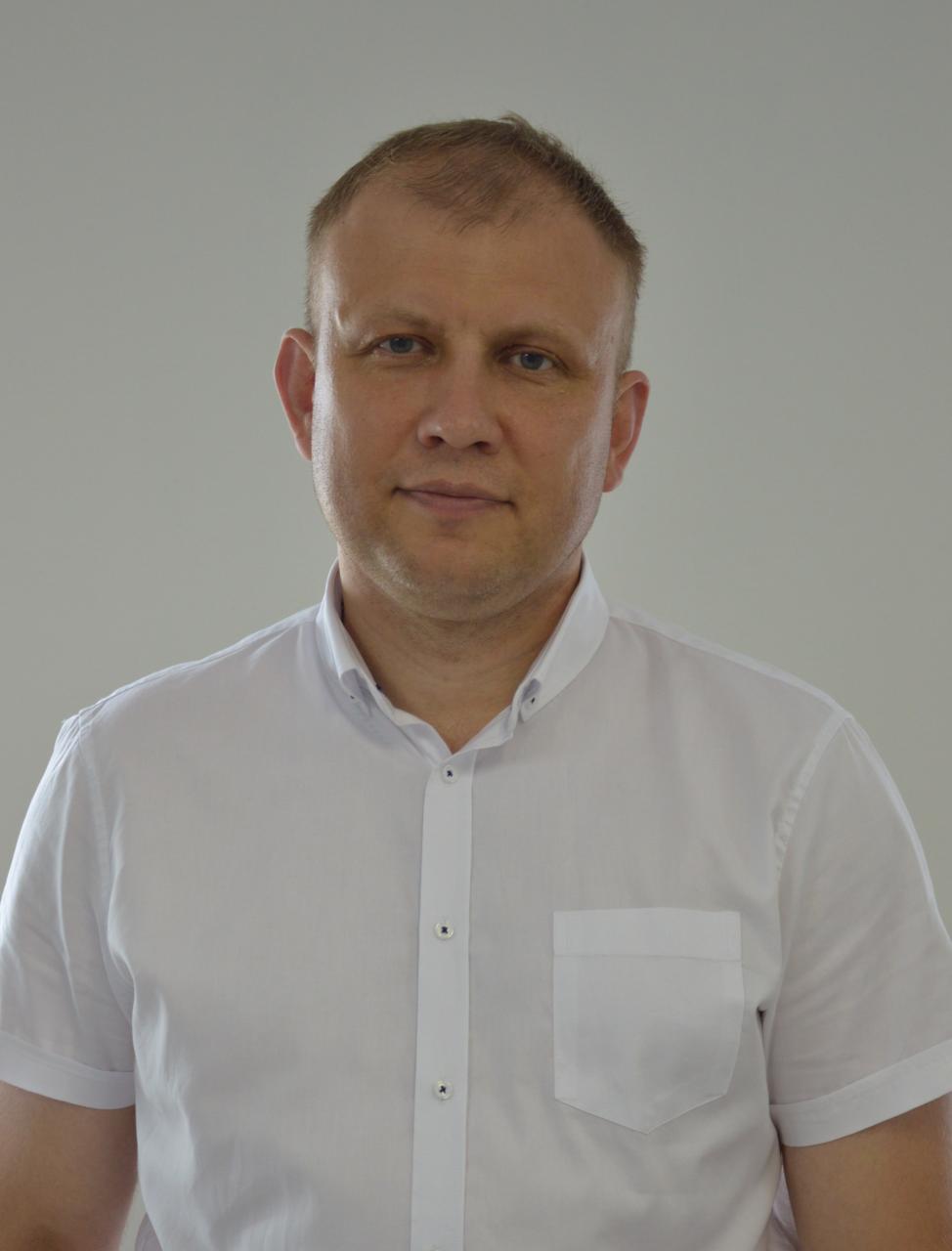 В Алатыре открылся Народный штаб Олега Николаева. 1