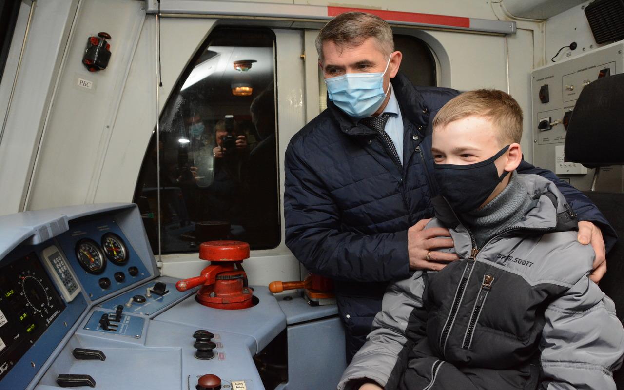 Олег Николаев исполнил мечту юного жителя Чувашии