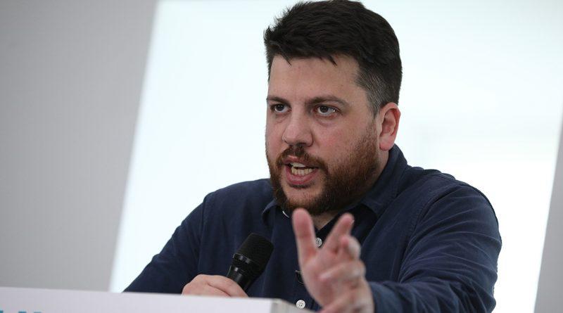 Соратники блогера Навального не планируют проводить новые акции протеста в ближайшее время.