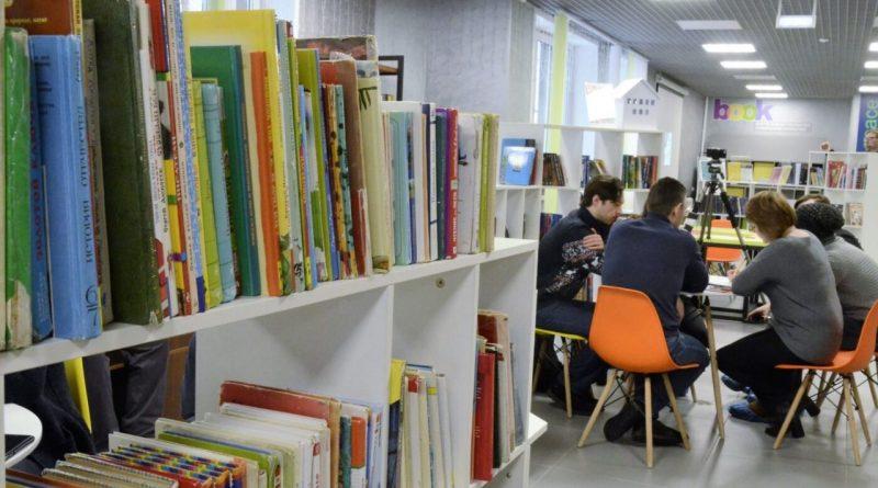 В библиотеки районов республики поступит первая партия новых книг на чувашском языке