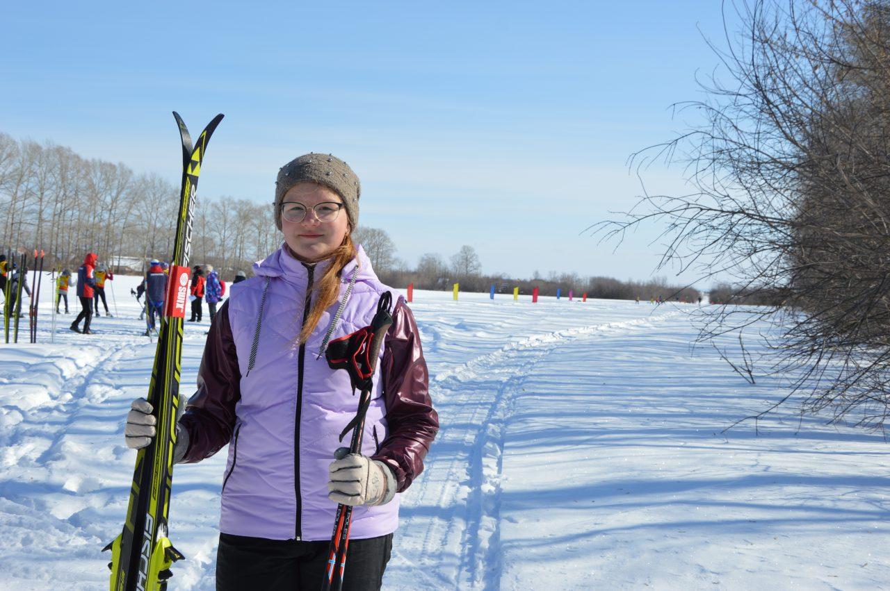 Школьники Алатыря приняли участие в лыжной эстафете на призы газеты «Алатырские вести» 1