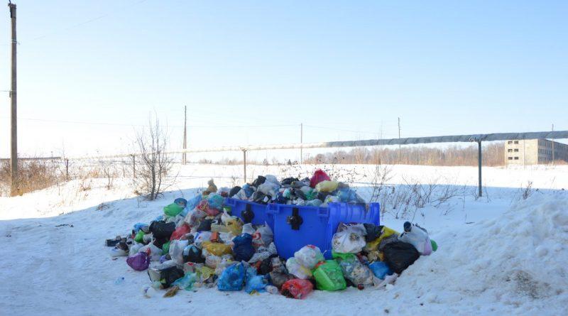 Горы мусора все выше…