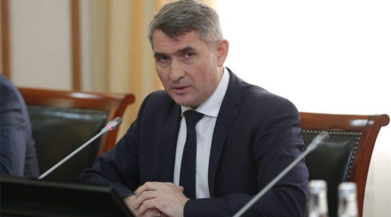 Олег Николаев призвал парламентские партии к содержательной конкуренции в период предвыборной кампании