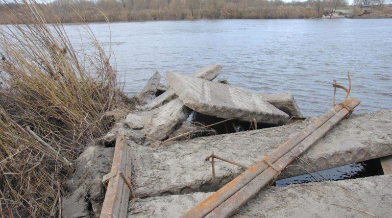 Жители поселка Соловьевский остались без моста через Суру