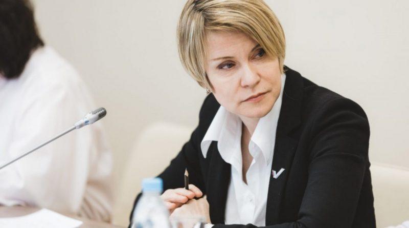 Елена Шмелёва предложила сохранить отсрочку от армии для студентов творческих профессий