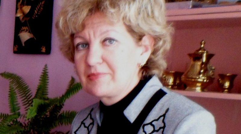 Три десятка лет Елена Сетянова из Алатыря даёт знания детям